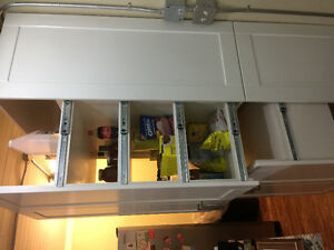 Kitchen island pantrys fridge and stove for sale Peterborough Peterborough Area image 3