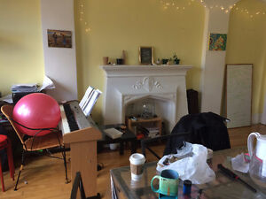 Summer sublet in downtown $520 or LESS!!!