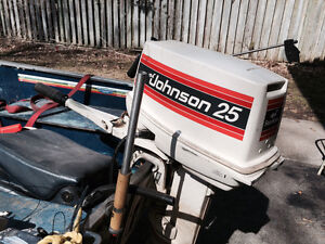 25 HP Johnson Seahorse outboard motor nice stored inside