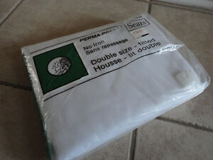 Brand new white cotton 320 thread count fitted bedsheet Queen London Ontario image 5