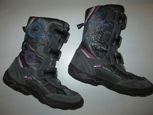 Girls GEOX winter boots in size 3