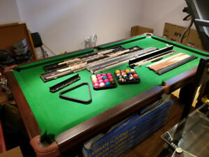 "Snooker Pool Table  90"" X 45"""