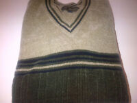 BRAND NEW BROWN MEN'S VERY SOFT, COMFORTABLE AND WARM SWEATER.