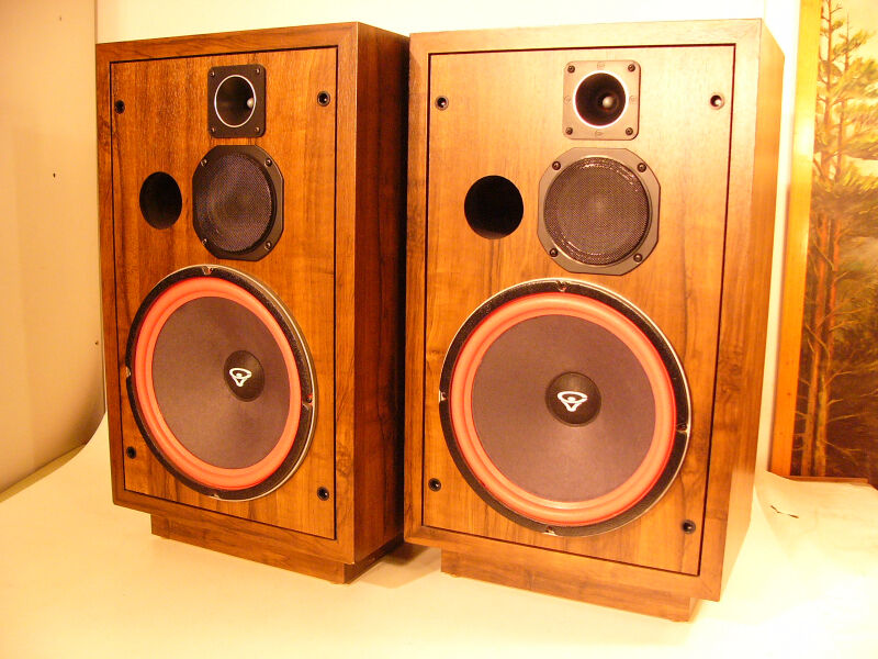 Vintage cerwin vega d5 12 inch floorstanding speakers near for 12 inch floor speakers