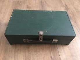 VINTAGE SMALL WOODEN BOX DELIVERY