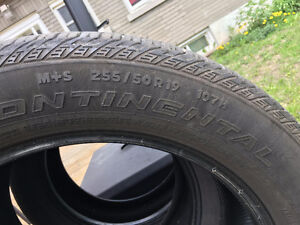 Very new Continental M+S 255/50R19 $600.00 (1400 new)