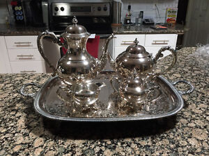 Wm A Rogers silver plated tea service