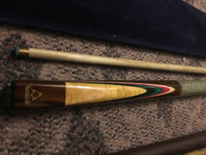 Dufferin pool cues. Mint condition.