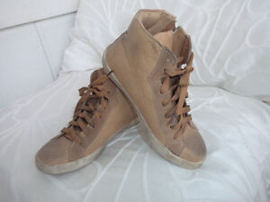 suedette  sneakers by Rebel.. size 6 worn once.