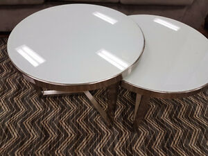 White Glass coffee/end table set