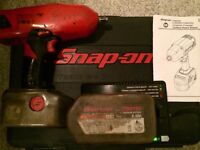 SNAP ON CT4850HO Rechargeable Impact Wrench Gun