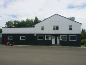 Hotel with restaurant and bar forsale in Saskatchewan
