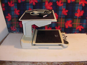 VISUALLY IMPAIRED MAGNIFYING READER