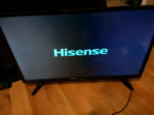 """32"""" LED HD FHD TV WITH ORIGINAL REMOTE"""
