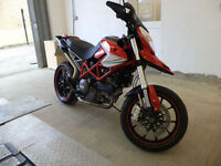 Ducati Hypermotard 796 Red 1 Owner Nearly New