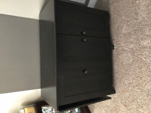 Excellent condition folding sewing table