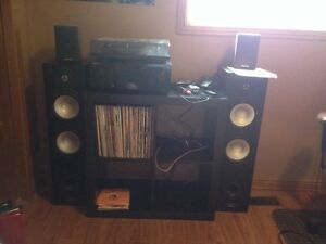 Turntable and vinyl records for sale in Brantford