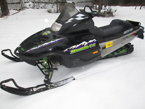 ARCTIC CAT MOUNTAIN CAT 600 EFI 2001 RUNS GREAT WITH REVERSE Prince George British Columbia image 4