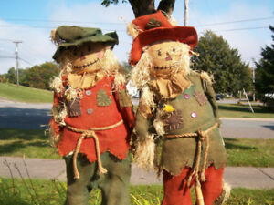 Two Handmade 5ft Tall Scarecrows Like New Halloween / Fall Theme