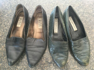 VINTAGE CAPEZIO LEATHER WOMEN'S SHOES - 2 PAIRS