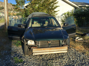 Selling 03 Subaru Forester for parts