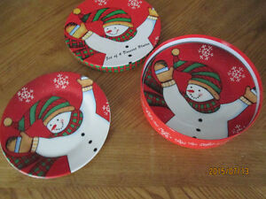 Chistmas Lunch or Dessert Plates 4 Kitchener / Waterloo Kitchener Area image 1