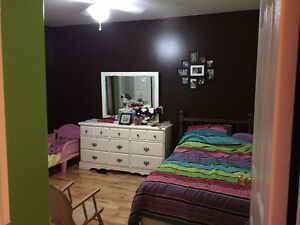 3 Rooms Availible in a Gorgeous Country Home Cornwall Ontario image 2