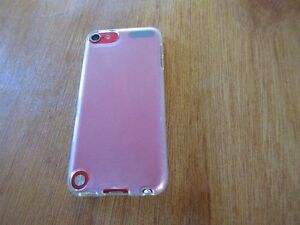 Ipod Touch 5th gen 16gb RED Stratford Kitchener Area image 4