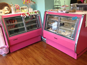 Bakery display cooler