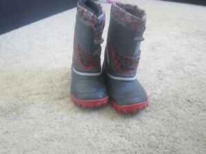 Size 2 Boys Winter Boots