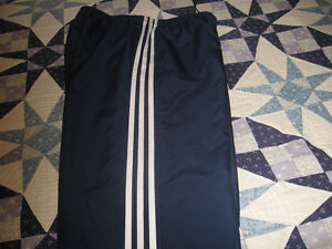 ADIDAS SPORTS PANTS WITH SIDE ZIPPERS ON BOTTOM OF LEG SIZE LARS Kingston Kingston Area image 5