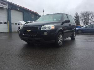 Chevrolet uplander / van