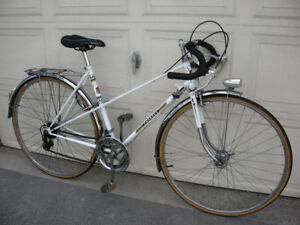 Peugeot 10 Speed Mixte Racer w/ Fenders + Rear Rack