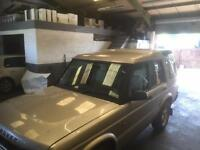 LAND ROVER DISCOVERY TD5 AUTO BREAKING SALVAGE SPARES X 2