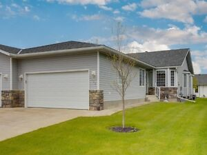 Family HOME FOR SALE in High River, AB **GREAT PRICE**CALL NOW**