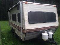 Skylark 185 travel trailer