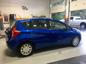 2014 Nissan Versa Note with Manual Transmission (1.6 SV)