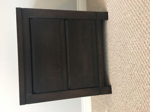 Night stand (excellent condition)