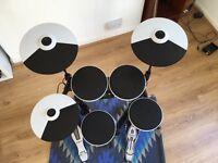 Roland 4kp Drum Kit