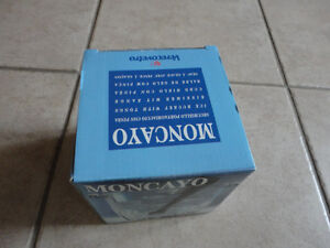 Italian crystal glass ice bucket with tongs Brand new in box London Ontario image 3