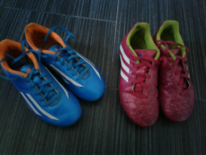 2 pairs: Soccer shoes