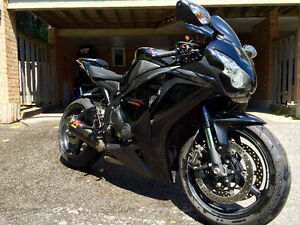 CBR1000RR - Immaculate! Black Special Edition