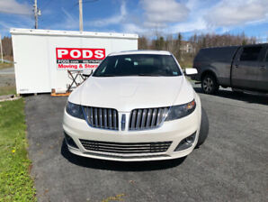 2011 Lincoln MKS.  376  hsp. 95,000km. Eco boost AWD