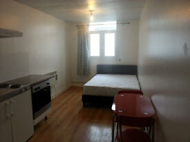 Superb newly refurbished cosy studio ideally located in Islington N1, Do not miss out! Amazing Value