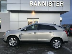 2014 Cadillac SRX Luxury AWD with Winter Tires!