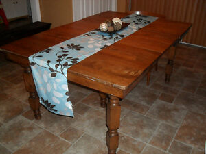 Antique Maple harvest dining table with leaves Cornwall Ontario image 1