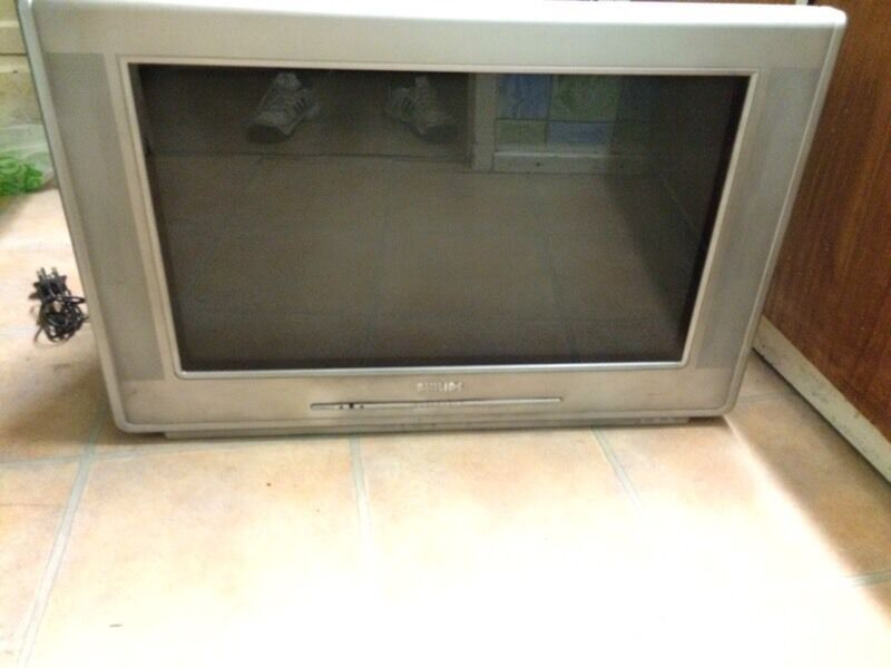 Phillips tv with stand