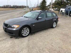 BMW 3 Series 4dr Touring Wgn 328xi AWD 2007