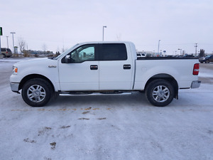2008 Ford F-150 Lariat Crew Cab (Low Kms)