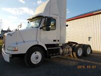 CAMION VOLVO 2004 VN